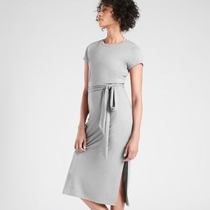 Essence Keyhole Dress - Athleta